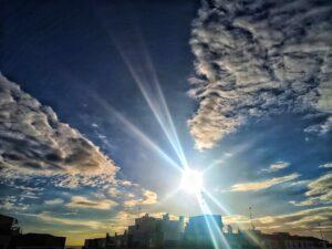 Amanecer soleado